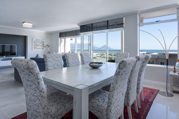 Comment bien disposer ses meubles dans salon-salle à manger ?