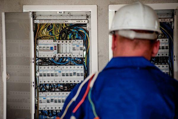 Comment choisir son électricien ?