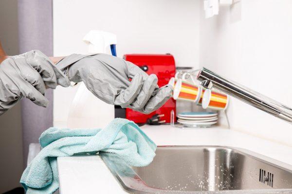 Gagner du temps pour soi grâce aux services à domicile